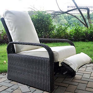 While This May Be A Copycat Of Our Favorite Outdoor Recliner It S Still Awesome