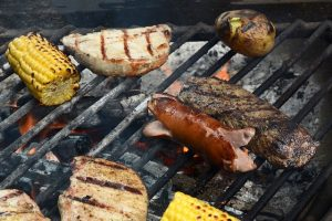 grilling-3395057_640