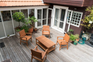 Should I Oil My Outdoor Furniture